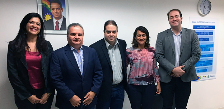 Danielle Nogueira, Alianza; Dr. Iran Costa, Secretário de Saúde de Pernambuco; Antônio Faria, Empetur; Caroline Marques, Empetur; Iberê Monteiro, Gerente Executivo do SINDHOSPE